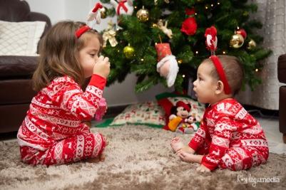 Sesión de Navidad Emma y Gaby LOGO-57