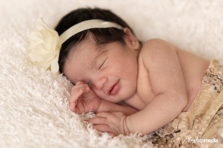 Newborn Lourdes LOGO-1