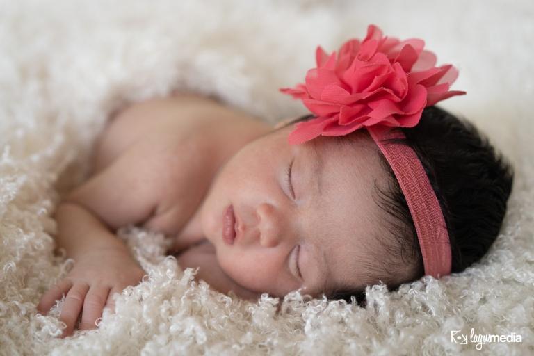 Newborn Lourdes LOGO-15