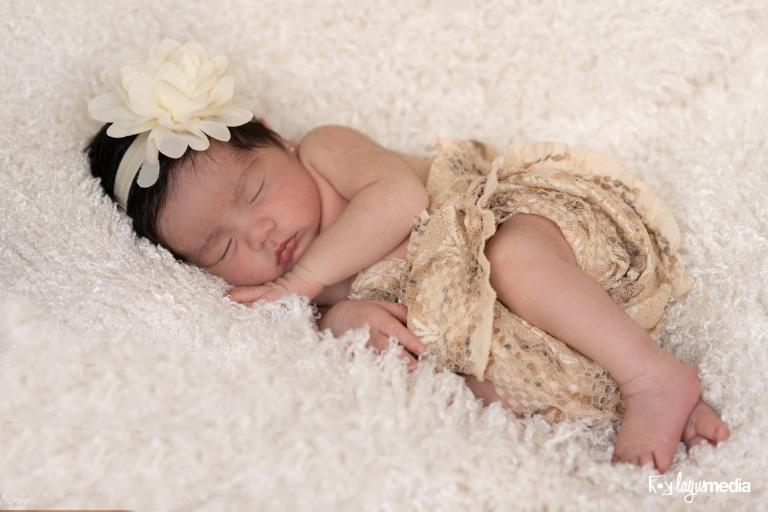 Newborn Lourdes LOGO-2
