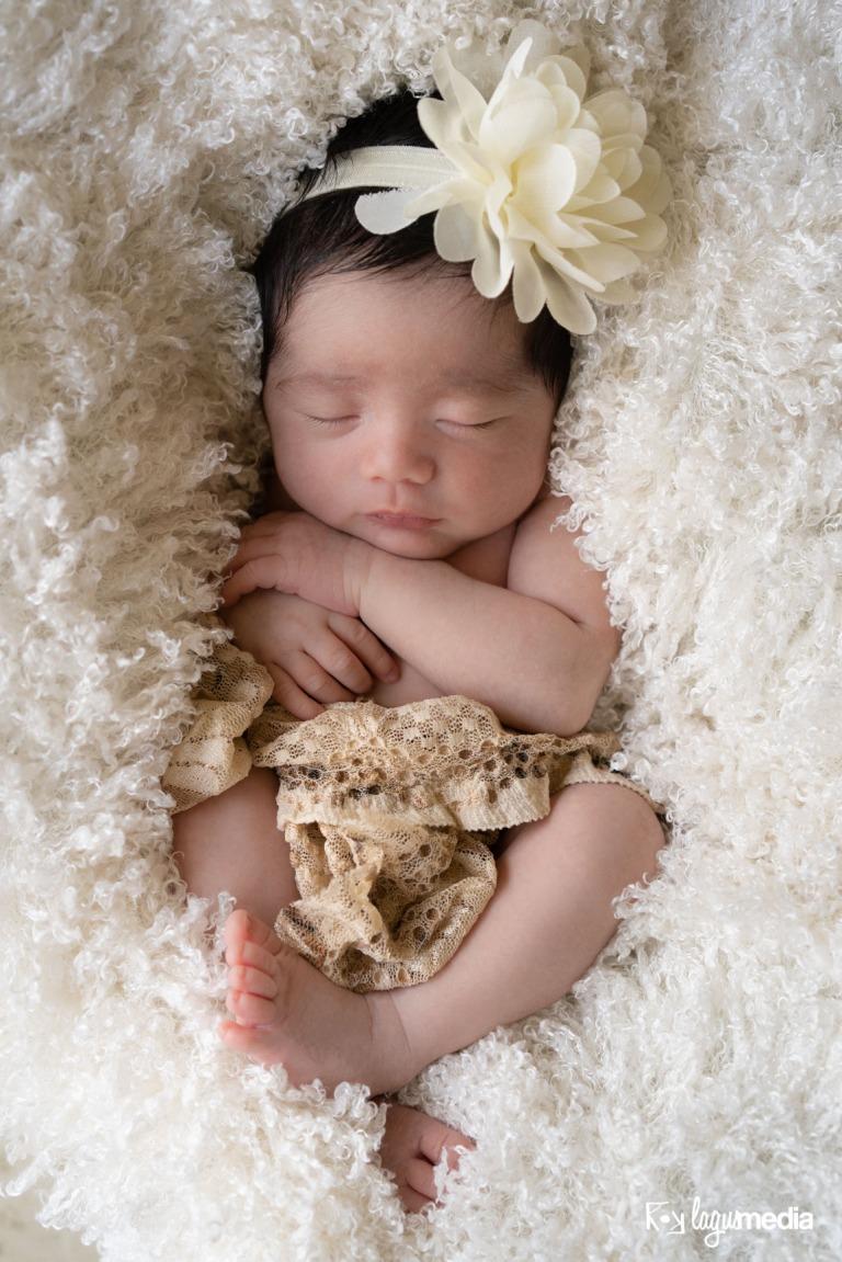 Newborn Lourdes LOGO-3