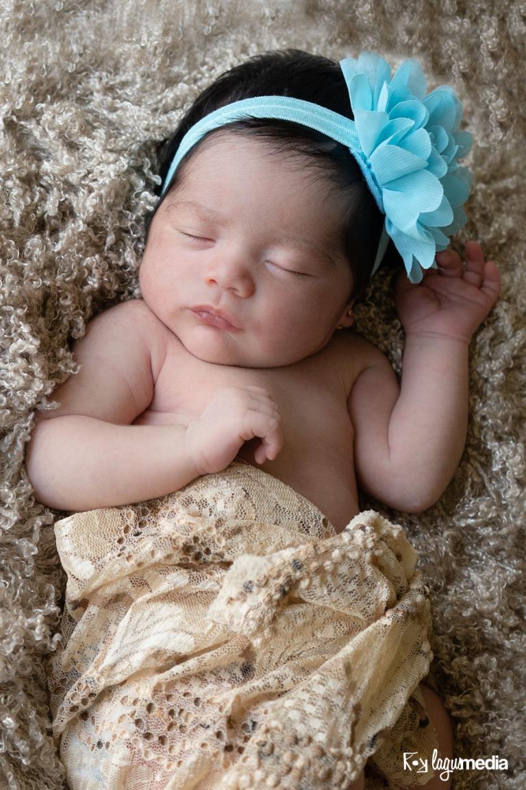 Newborn Lourdes LOGO-6