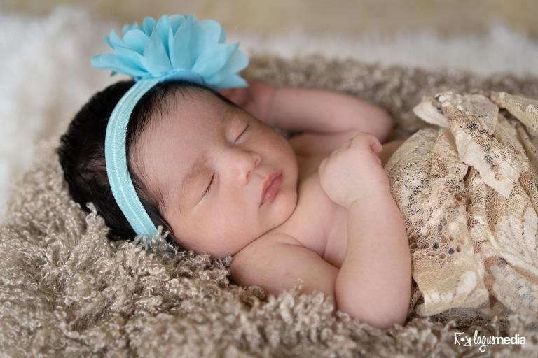 Newborn Lourdes LOGO-7